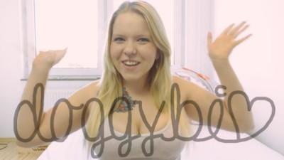 YouTube hat seine erste deutsche Pornoparodie: Doggy Bi