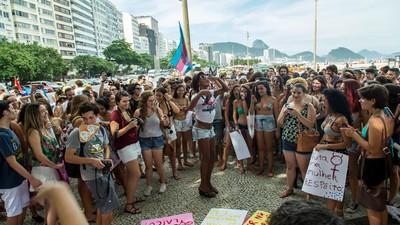 Mulheres Cariocas Tomaram as Ruas Novamente Contra Cunha