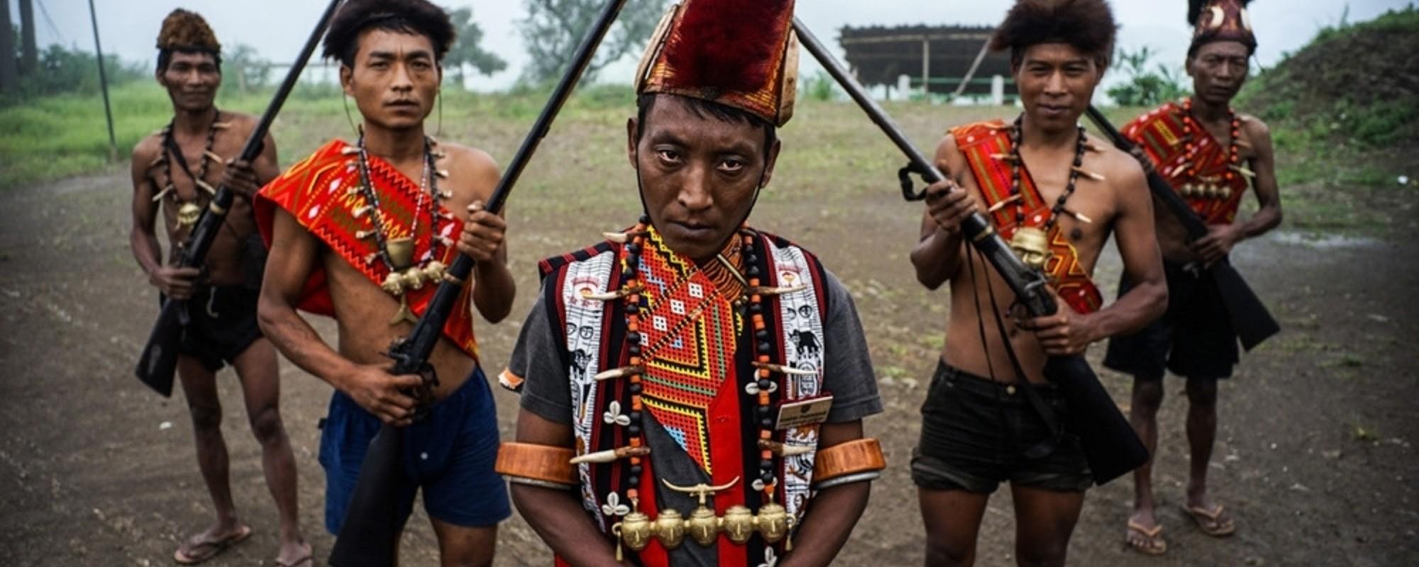 Fotografii cu satul indian care e dependent de opiu de ani întregi