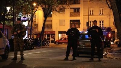 Uma Psicanalista Francesa Fala sobre Medo, Ansiedade e os Ataques de Paris