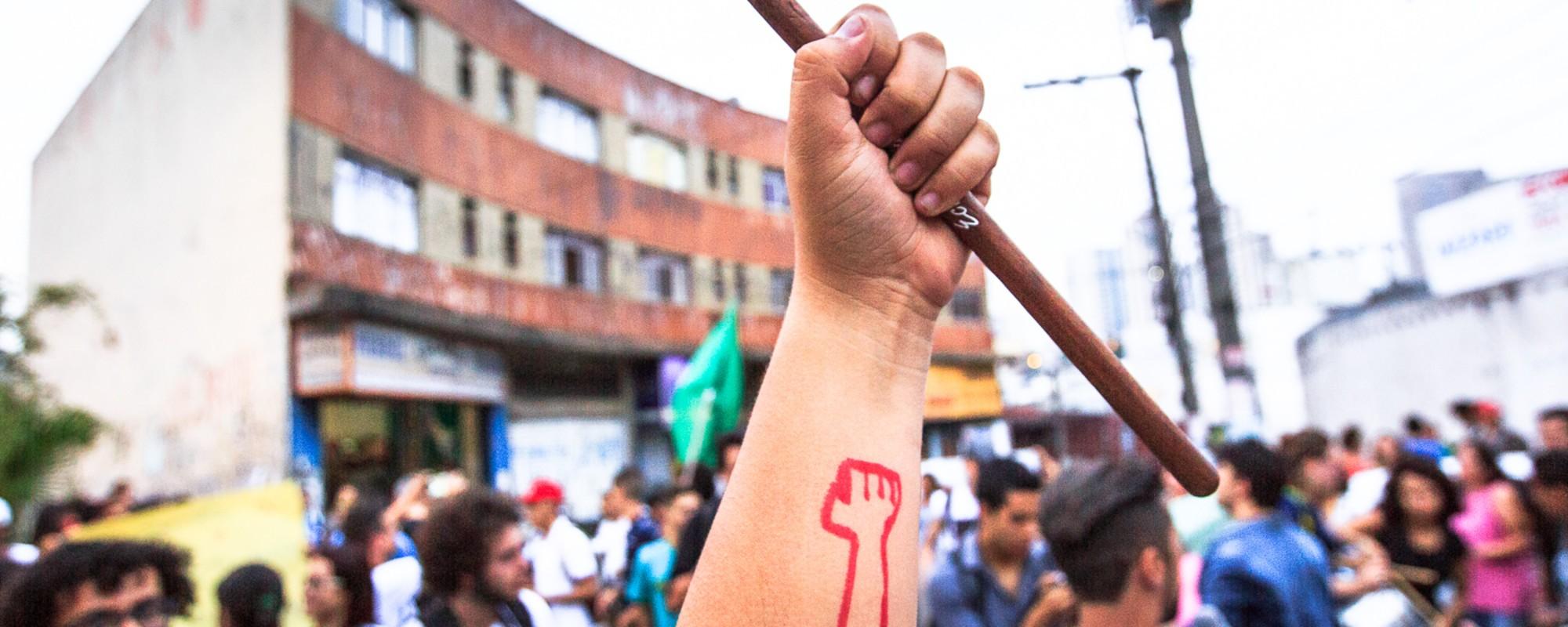 Na Manifestação da Última Sexta-Feira, A Situação Dos Estudantes de Diadema Melhorou - Mas Não Se Resolveu