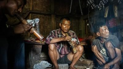 Os estragos que 70 anos de ópio deixaram nesta aldeia indiana