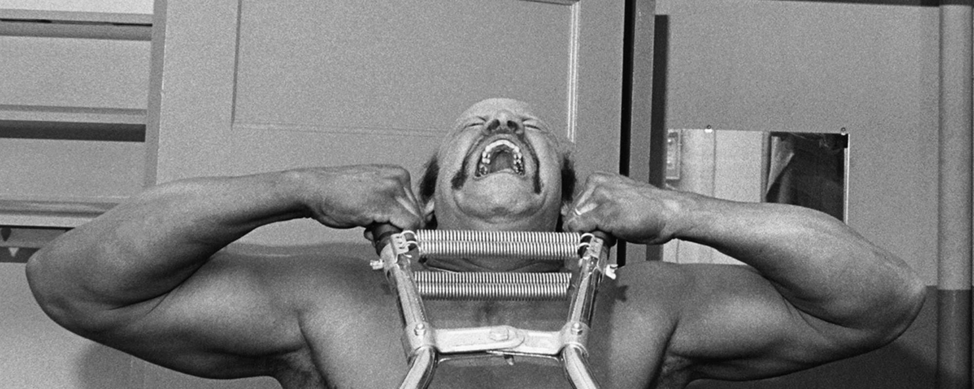 Bizarre zwart-witfoto's uit het holst van de jaren zestig en zeventig