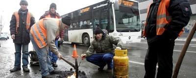 Vorbim de tehnocrație, dar n-avem nici apă caldă în București
