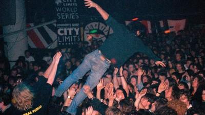 El grunge nos convirtió en unos idiotas