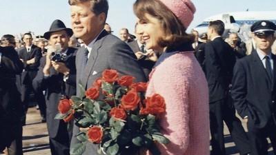 52 años después continúa la obsesión por el traje rosa Chanel de Jackie O