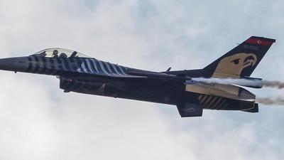 Όλα όσα Ξέρουμε Μέχρι Τώρα για την Κατάρριψη Ρωσικού Αεροσκάφους από την Τουρκία Κοντά στα Σύνορα της Συρίας