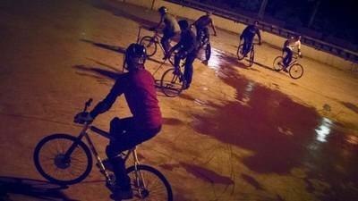 Hardcourt Bike: el juego de polo más extremo