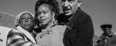 Συγκλονιστικές Φωτογραφίες με Πρωταγωνιστές τους Περιθωριοποιημένους Πότες του Ανατολικού Λονδίνου