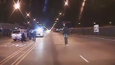 Graphic Footage Shows Chicago Cop Facing Murder Charge Spray Teen With Bullets
