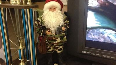 Auch an tristen Orten wird Weihnachten gefeiert
