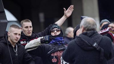 "Pegida NRW hat Merkel ""als Jüdin enttarnt"""