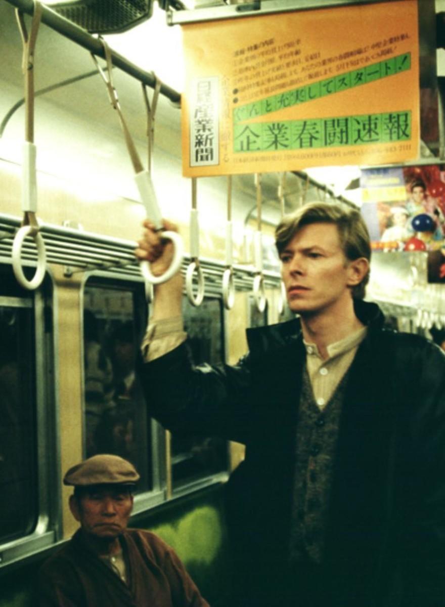 Conoce al hombre que ha fotografiado a David Bowie durante 40 años