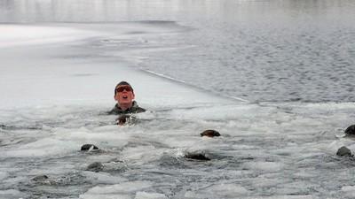 Mit diesem Anti-Kälte-Training der Navy SEALs überlebst auch du den Winter