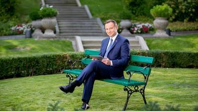 Prezydent Duda gratuluje ojcu Rydzykowi. Co musisz zrobić, by pogratulował tobie?