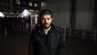Τι Σκέφτονται οι Σύροι Πρόσφυγες στη Γερμανία για τις Επιθέσεις στο Παρίσι και το ISIS;