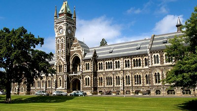 New Zealand Woman Cheats On Uni Exam, Tries to Make it Right By Axing Up an Office