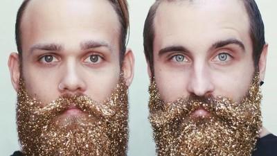 Mannen, stop alsjeblieft met dingen in je baard stoppen