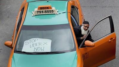 Toronto Cabbies Go on Hunger Strike Against Uber
