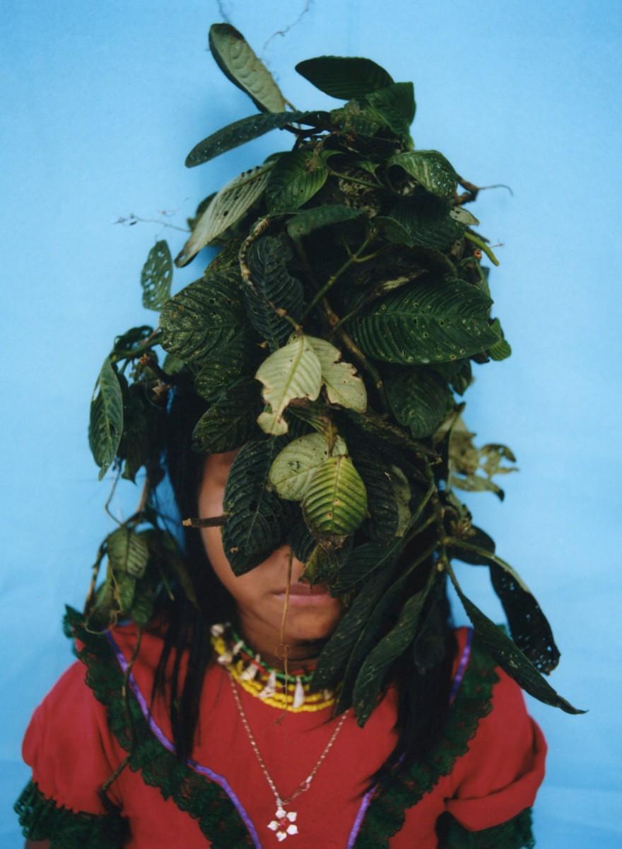 Los embera son descontextualizados por esta fotógrafa para rescatar su identidad