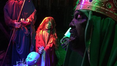 People Are Mad About This Guy's Zombie Nativity Scene in His Front Yard
