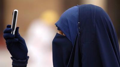 """Auf """"Cairo Confessions"""" teilen Ägypter Dinge, über die sie """"öffentlich"""" niemals reden dürften"""