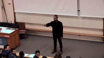 Kanye West dio una clase de 40 minutos en Oxford University y ya puedes verla