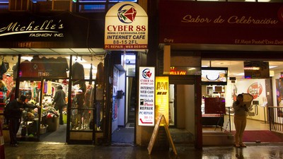 The Internet Café Is Alive in Queens