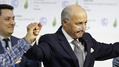 Nations Agree to Historic Pact on Climate Change