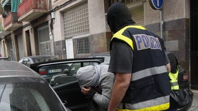 Así es cómo los vecinos de un barrio español combaten el terrorismo