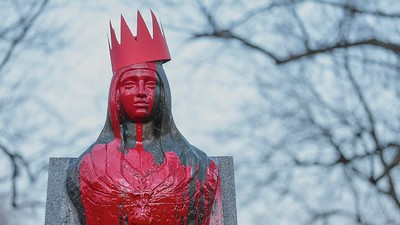 Meet the Artist Who Doused a Montreal Statue in Blood in Protest of Queen Isabella