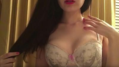 How ASMR Purists Got into a Turf War over Porn