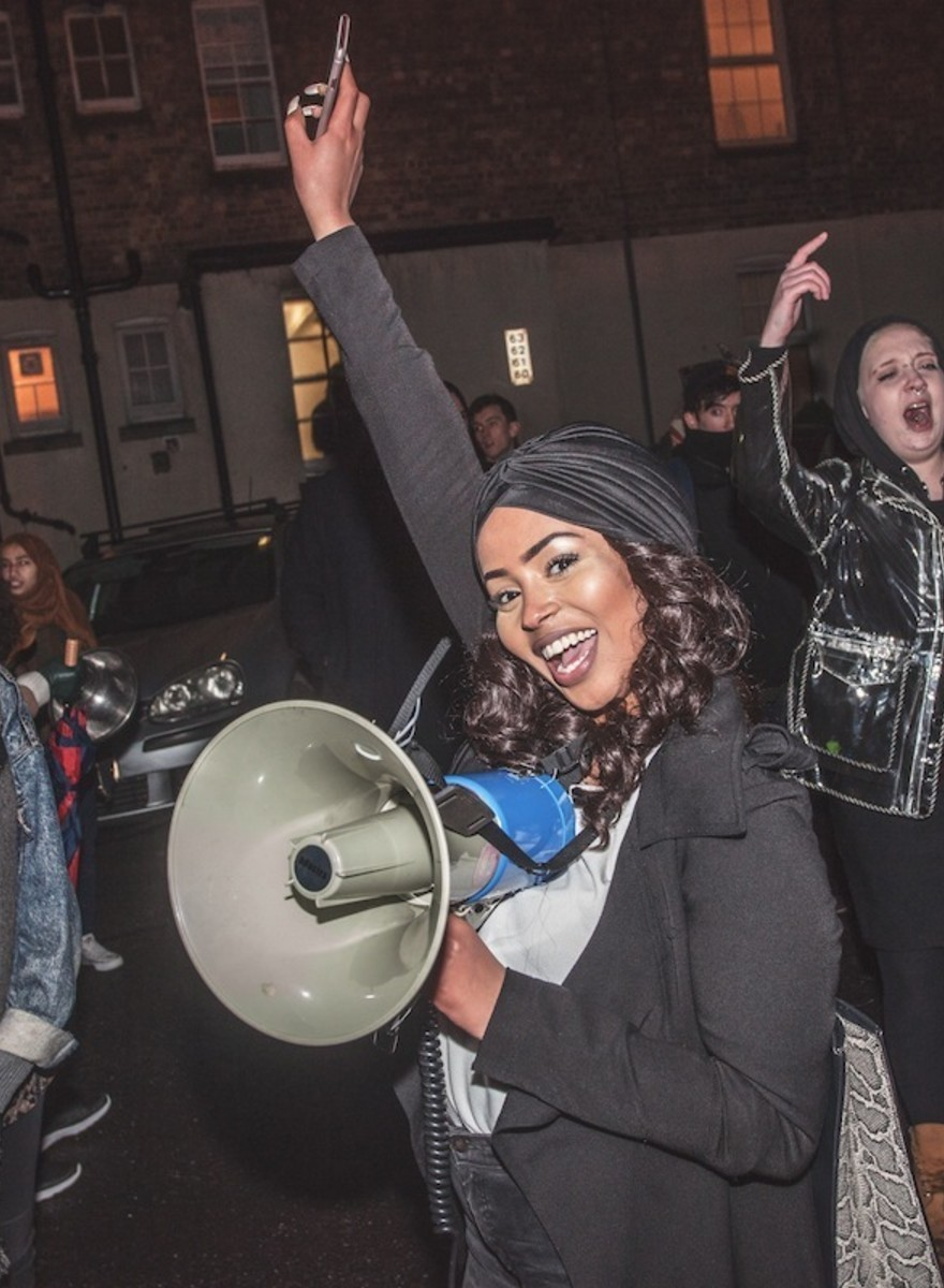 Photos of Activists Partying Outside Prisons on New Year's Eve