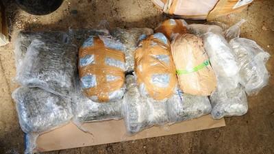 De ce ajung sute de kilograme de cocaină și heroină în România, dacă majoritatea consumă legale