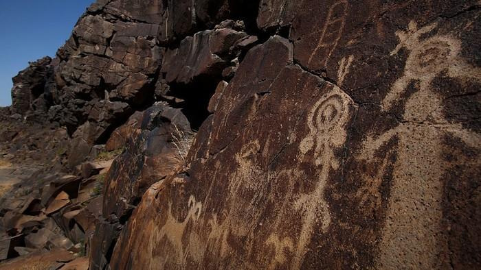 How Ancient Native American Rock Art Is Tearing a California Town Apart