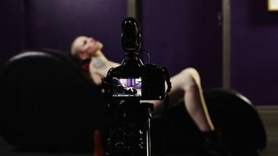 Hinter den Kulissen eines queer-freundlichen Live-Pornodrehs