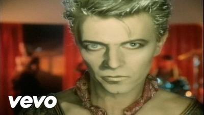 Clipurile sexi pentru care n-o să-l uităm niciodată pe David Bowie