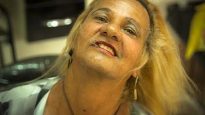A transexual que dá treinos de futebol na periferia do Recife