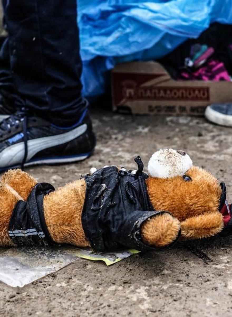 Dinge, die Flüchtlinge während ihrer Reise zurückgelassen haben