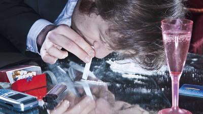 """Laut einer neuen Studie bringt Kokain das Gehirn dazu, """"sich selbst aufzufressen"""""""