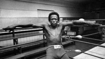 """""""No me pegues en la boca que esta noche toco"""": Miles Davis y el boxeo"""