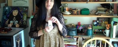 Čarodějka, která vymítá počítačové viry pomocí magie