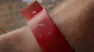 Red Wristbands, Refugees and Britain's Refusal to Allow Assimilation