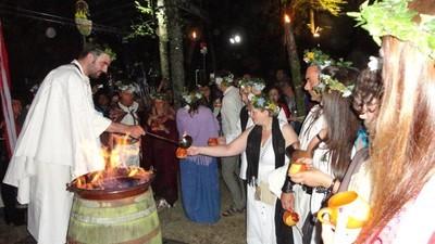 Me casó un druida en una boda celta en un bosque de Lugo