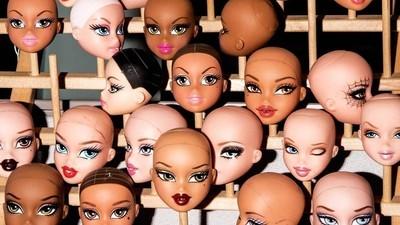 Diese hypersexualisierten Puppen lassen Barbie blass aussehen