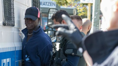 Sind Flüchtlinge krimineller als Deutsche?