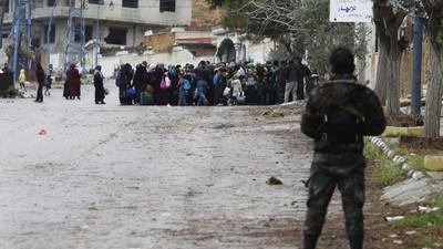 Entretien avec le commandant rebelle de la ville assiégée de Madaya en Syrie