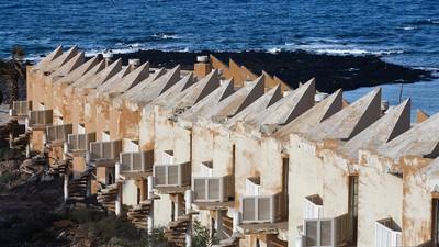 Hoteles abandonados y otros ataques contra la naturaleza en Fuerteventura