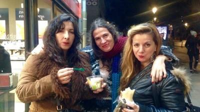 Pasamos una noche en el Carrefour 24 horas de Lavapiés en Madrid