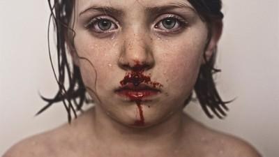 Fotos impactantes e afetuosas de uma viagem de pai e filha